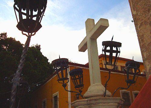 cross02.jpg
