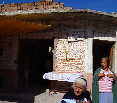 Two women in Atotonilco