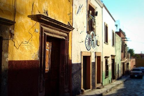 On El Codo street
